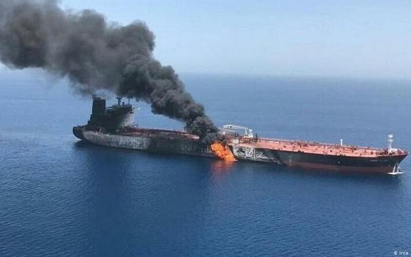 Petrolero iraní atacado