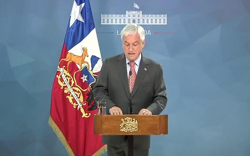 Piñeda pide perdon al pueblo chileno